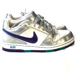 Nike Air gender neutral shoes
